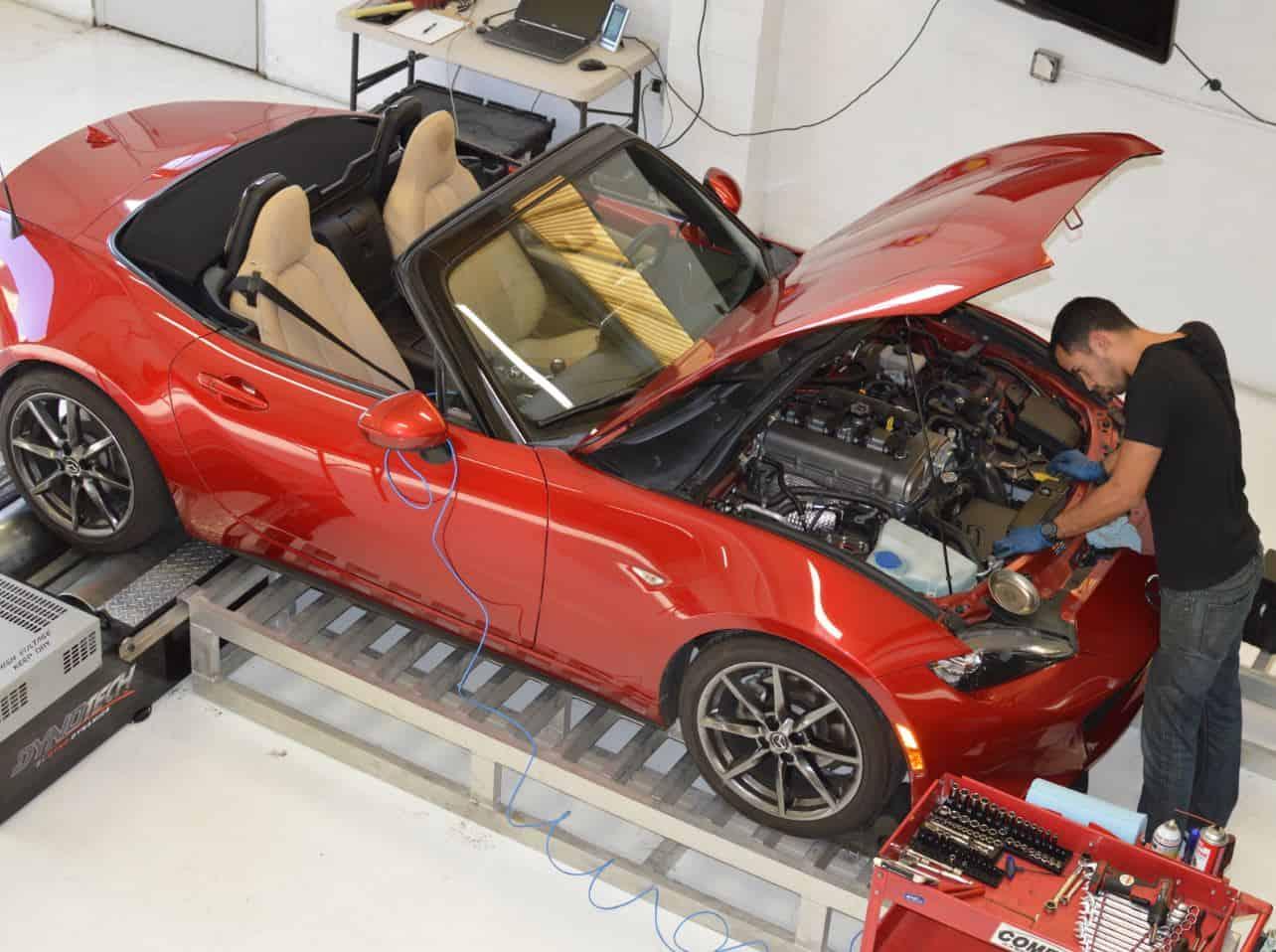 Mazda MX-5 in Shop
